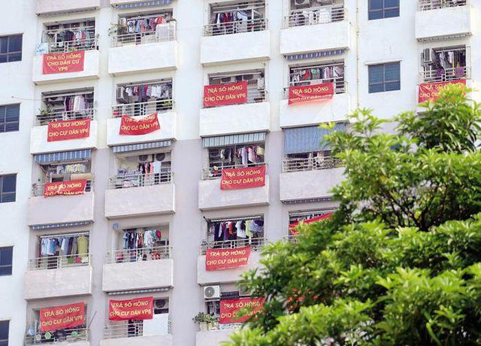 Có những căn hộ còn treo đầy Băng rôn đỏ - [CẢNH BÁO] Thực hư chuyện Cắt lỗ sâu mùa dịch - Lừa đảo nhà đất - Bóc phốt chiêu trò lừa đảo mua bán nhà đất
