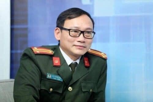 """Trung tá Đào Trung Hiếu, Chuyên gia Tội phạm học, (Bộ Công an), đã nhận định về hiện tượng bà Hằng """"bóc phốt"""" như thế nào."""